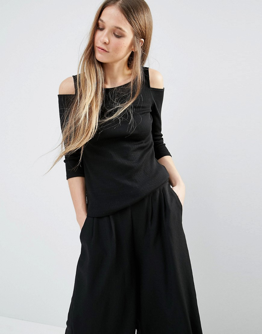 asos-cold-shoulder